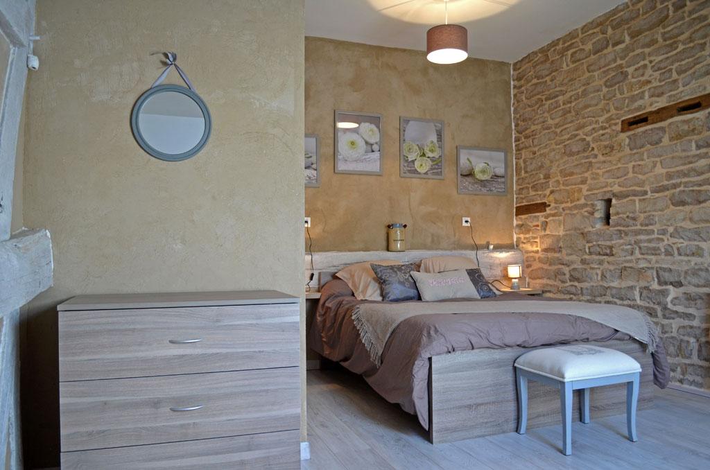 Chambre du gite Entre Vignes et Bois à Boncourt-le-Bois (21700)